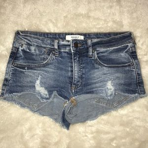 F21 Mid-Rise Distressed Frayed Cut Off Jean Shorts